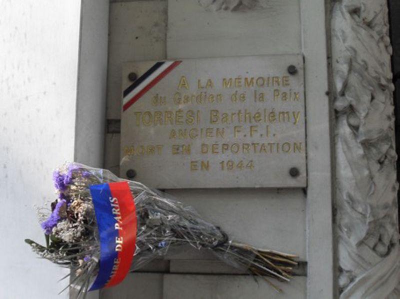Plaque à la mémoire du FFI Barthélémy Torrési, mort en déportation à Neuengamme le 4 juin 1944, située 39, avenue du Général-Michel-Bizot