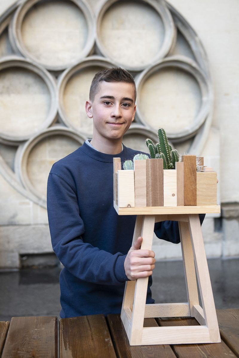 Aloïs, 15 ans ½, originaire de Corbeil-Essonne, ébéniste a rejoint les Compagnons du Devoir à sa sortie de 3e.